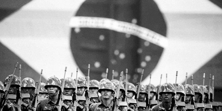 Como os militares pavimentaram o caminho do retorno ao poder, por Wilson Luiz Müller