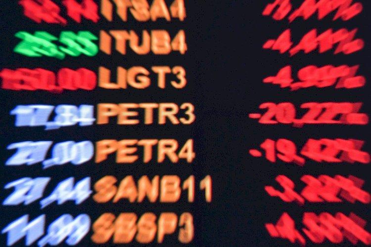 Ingerência na Petrobras sela fim do casamento de conveniência entre Bolsonaro e o mercado financeiro