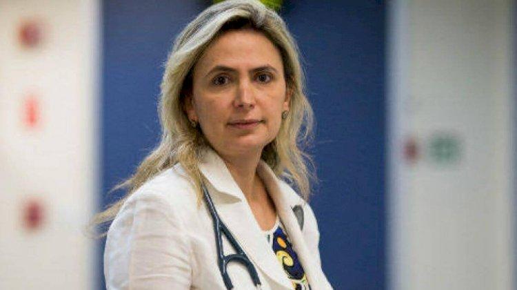 Bolsonaro se reúne com médica, preferida de Arthur Lira, para substituir Pazuello no Ministério da Saúde