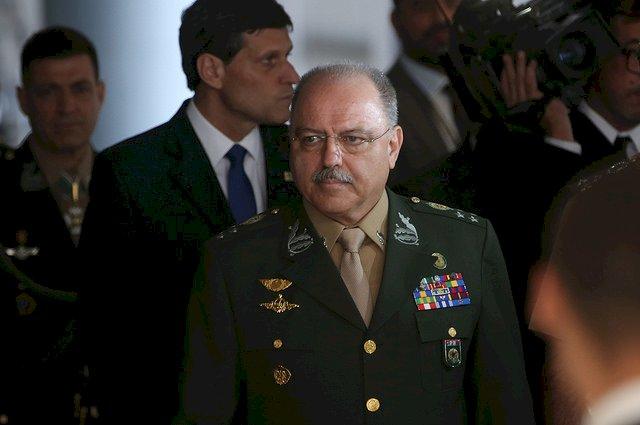 REAÇÃO DO CLUBE MILITAR: Não foi uma miragem. General Etchegoyen