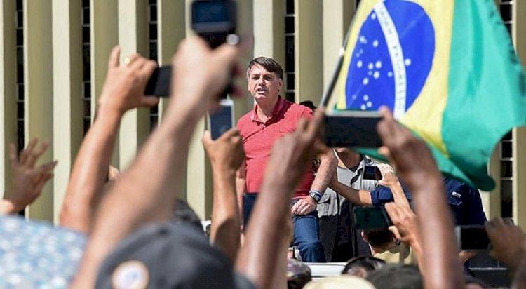 Washington Post diz que Bolsonaro prepara golpe contra quem quer tirá-lo da presidência