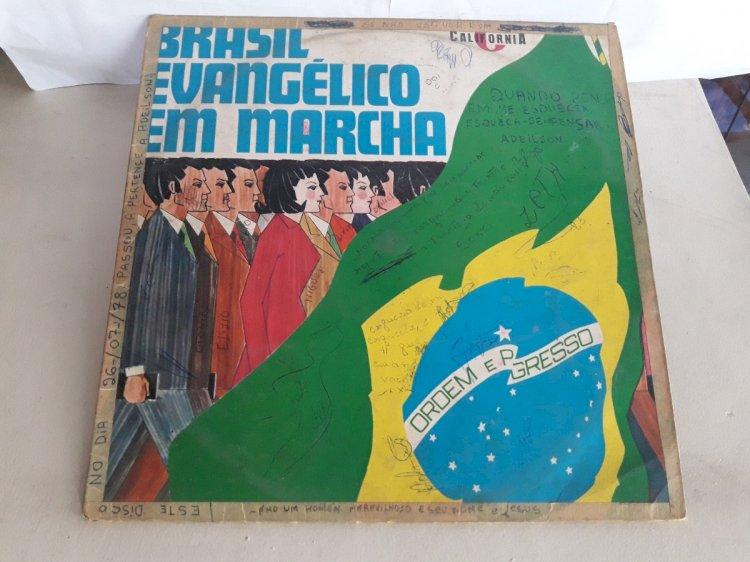 No Datafolha, Lula (35%) e Bolsonaro (34%) empatam no voto evangélico