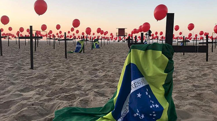 """Renan sobre silêncio de Bolsonaro diante de 500 mil mortes: """"Diz muita coisa sobre seu caráter"""""""