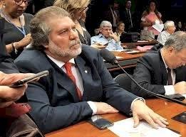 Federações ajudariam a assegurar o pluralismo político no Brasil
