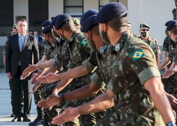 O método Bolsonaro: um assalto à democracia em câmera lenta
