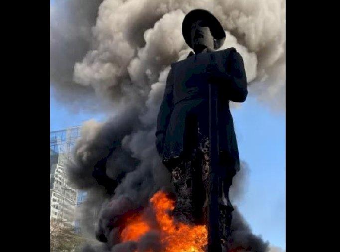 A queima da estátua do Borba Gato: Este é o caminho?
