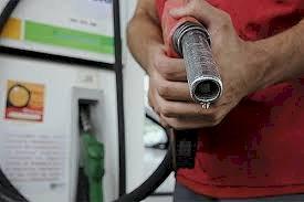 Acionistas estrangeiros levam bilhões da Petrobrás