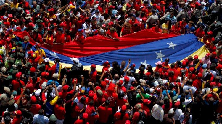 De Venezuela, al menos, se retiran ordenadamente