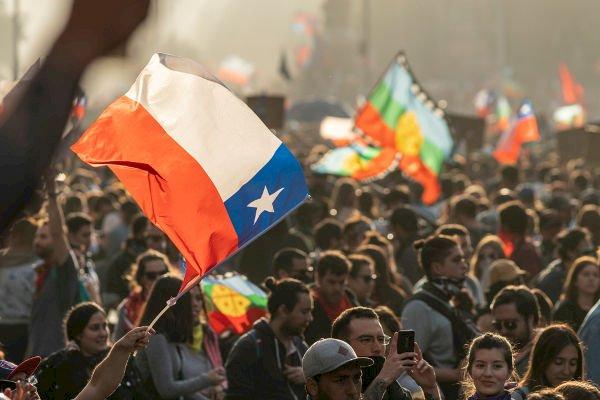 Carta de Santiago: Nueve candidatos y un solo sillón en La Moneda