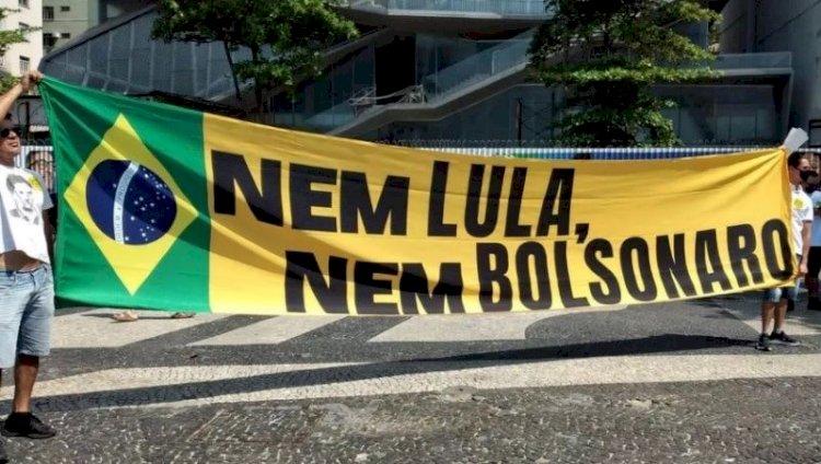 Ato na Paulista contra Bolsonaro reúne Doria, Mandetta, Ciro, Amoêdo e outros políticos