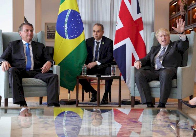 Tabloides britânicos criticam encontro de Boris Johnson e Bolsonaro